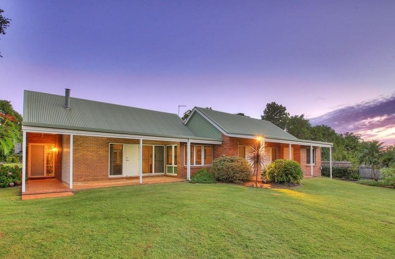3,082 M2 in sought after Sunnybank Hills
