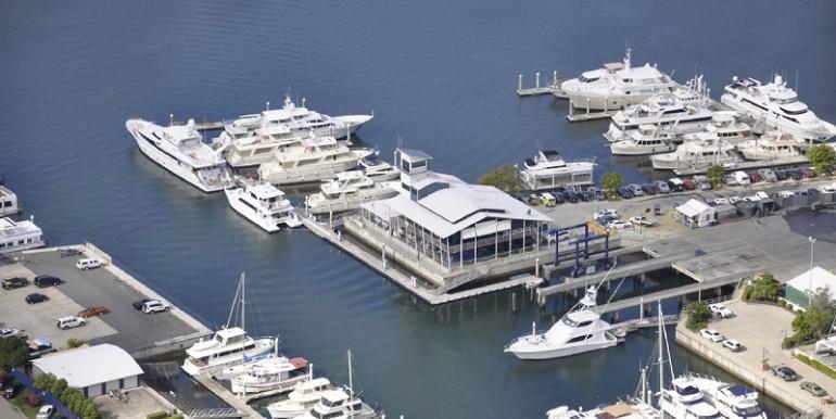 gold-coast-city-marina-shipyard-image