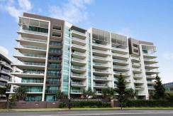 擁有私人花園共395m2的豪華公寓