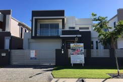 Brand New Spectacular Home Rochedale
