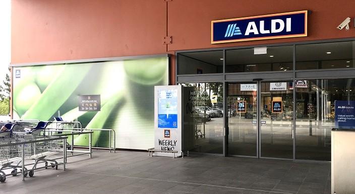 ALdi shop front